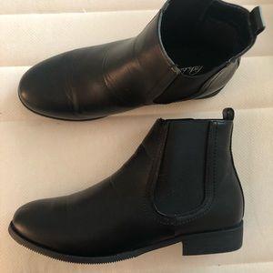 fed45f8cc01f4 Park Lane Shoes   Wide Fit Flat Chelsea Boots   Poshmark